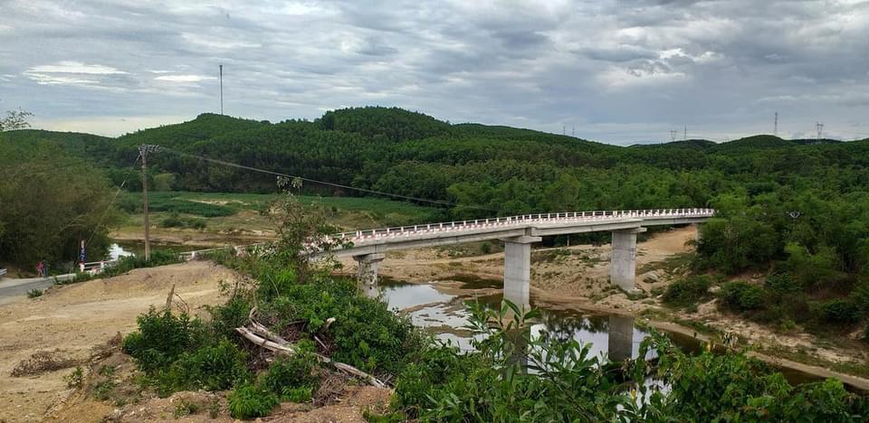 Cầu Tây Sơn được UBND tỉnh xây dựng năm 2018