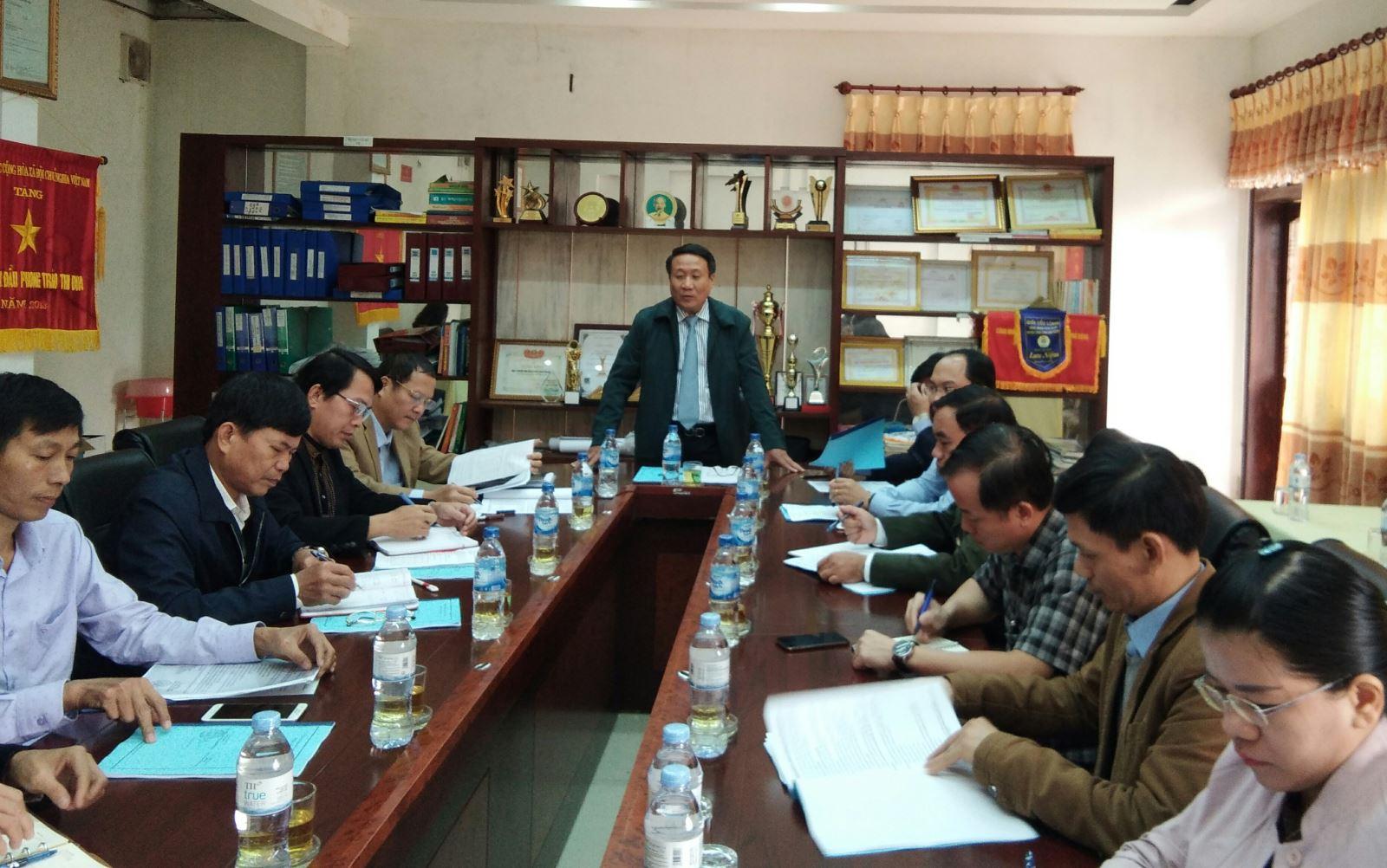 Phó Chủ tịch UBND tỉnh Hà Sỹ Đồng làm viêc với  Công ty TNHH MTV Lâm nghiệp Bến Hải