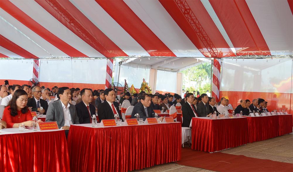 Vĩnh Linh: Kỷ niệm 90 năm Ngày thành lập Đảng Cộng sản Việt Nam và 30 năm lập lại huyện