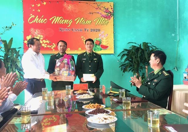 Bí thư Tỉnh ủy Nguyễn Văn Hùng chúc Tết cán bộ, chiến sỹ Đồn Biên phòng Hải An, Hải đội 202 và một số doanh nghiệp trên địa bàn tỉnh