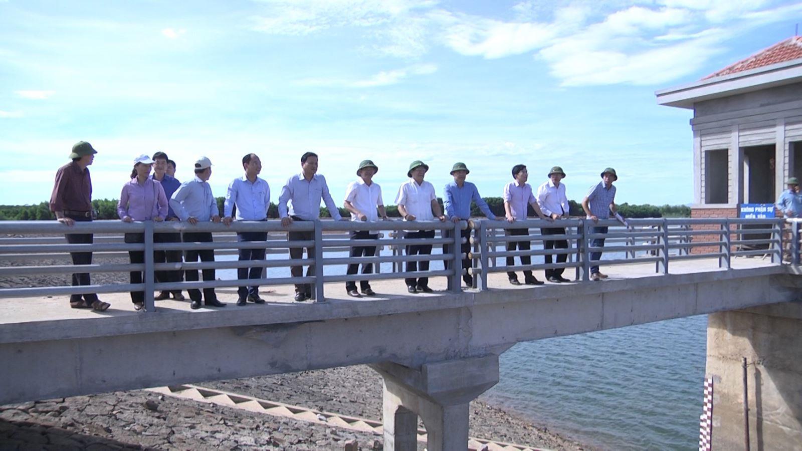Đồng chí Hà Sỹ Đồng kiểm tra tình hình ứng phó với khô hạn vụ Hè Thu 2020