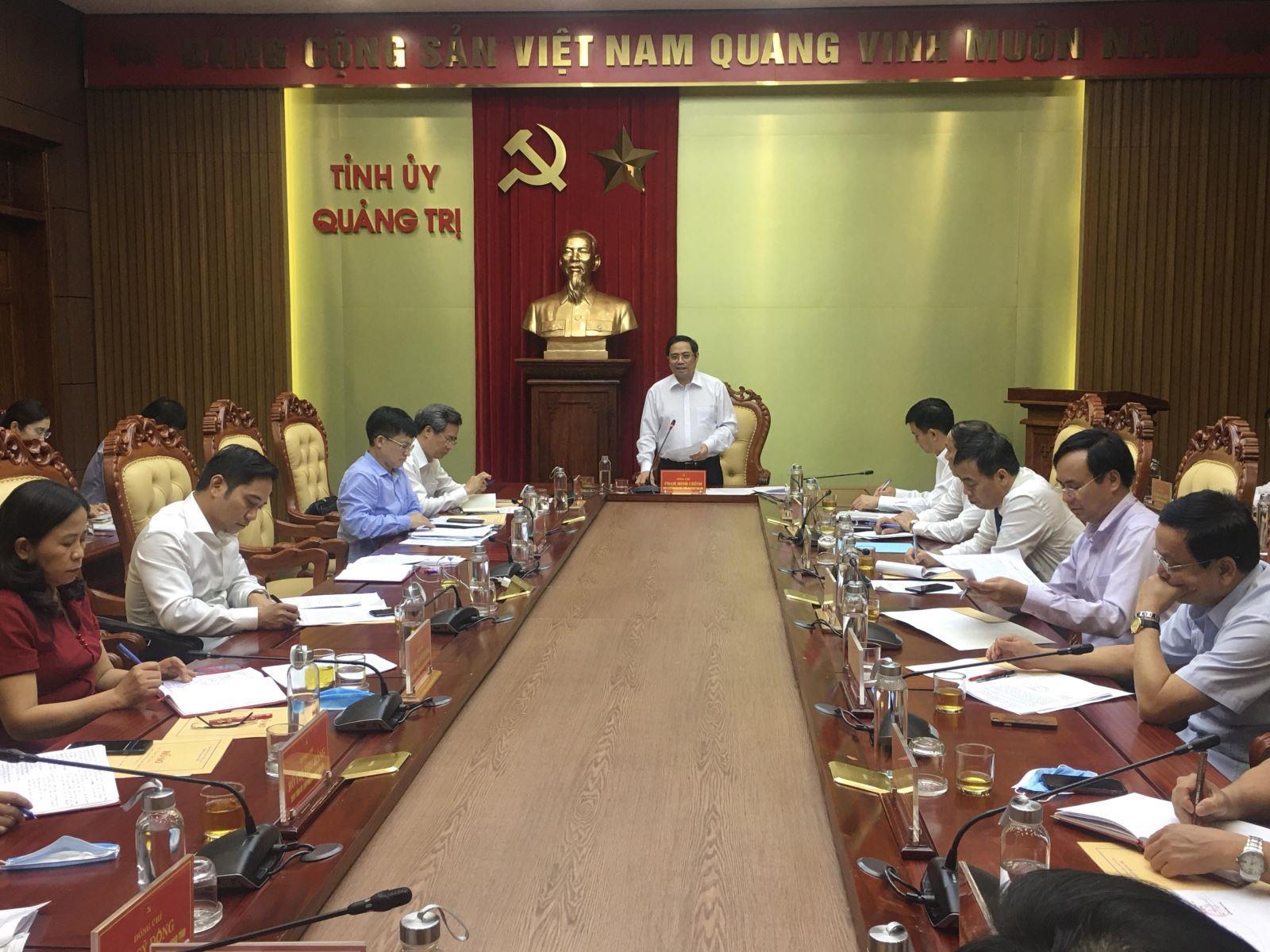 Trưởng Ban Tổ chức Trung ương Phạm Minh Chính làm việc với BTV Tỉnh ủy Quảng Trị