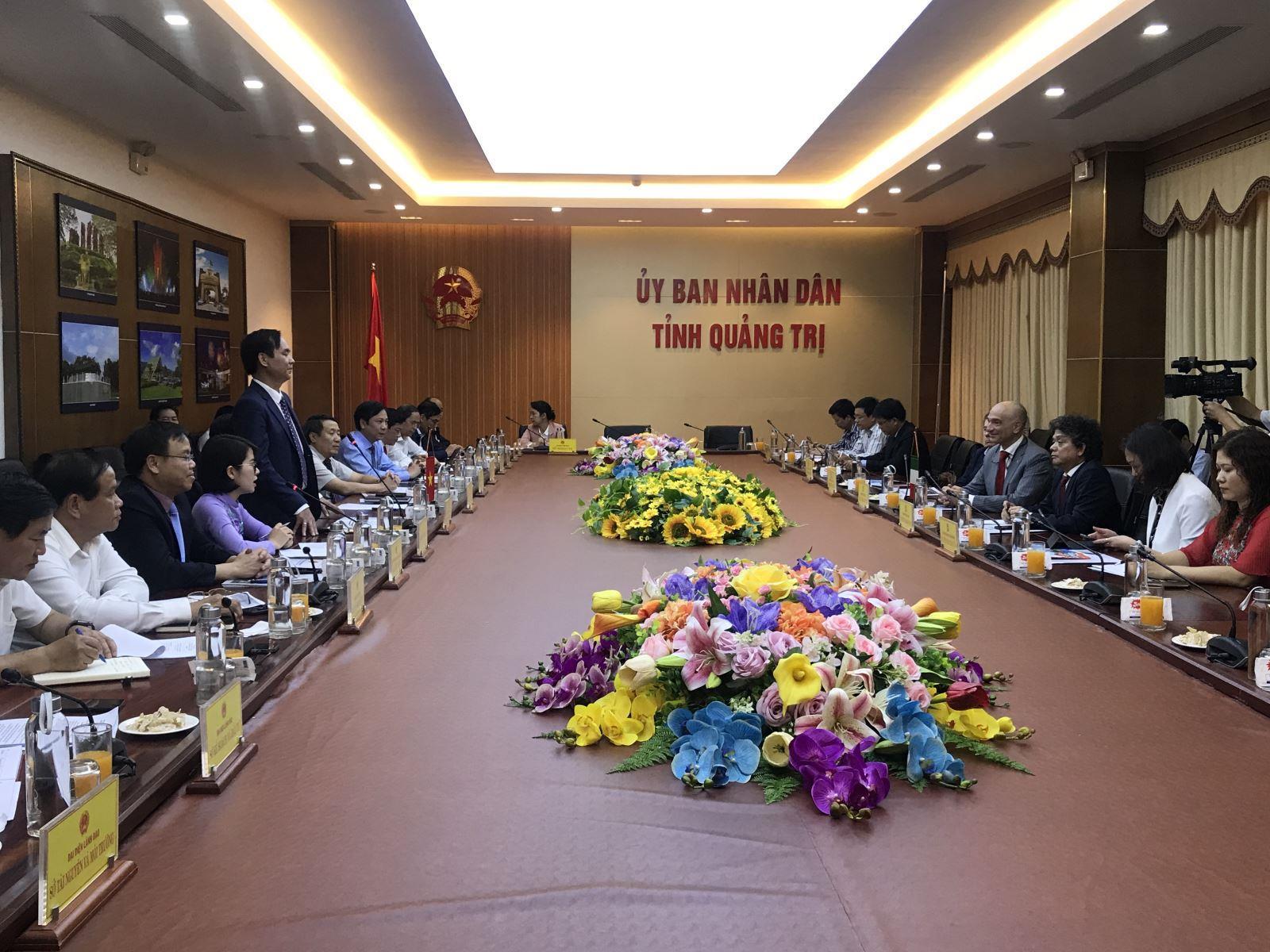 Lãnh đạo tỉnh làm việc với Công ty Năng lượng ENI Việt Nam (Italia)