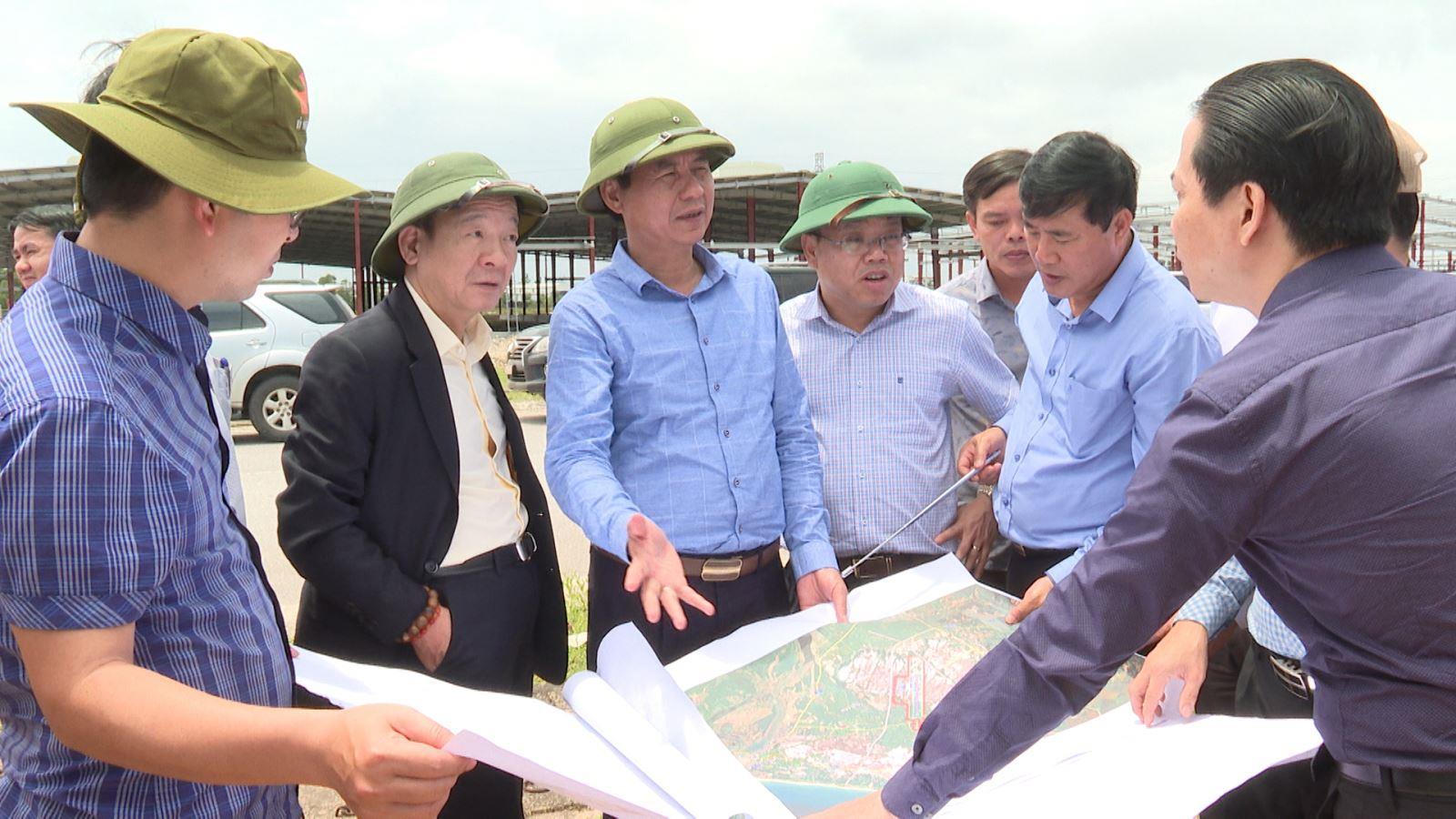 Lãnh đạo tỉnh và Công ty cổ phần Tập đoàn T&T khảo sát khu vực dự kiến xây dựng các dự án đầu tư
