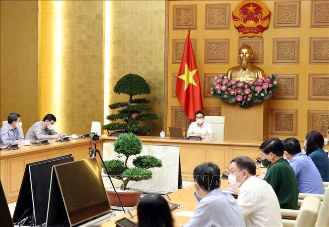 Bí thư Tỉnh ủy Nguyễn Văn Hùng thăm, chúc Tết các đối tượng chính sách và một số đơn vị sản xuất kinh doanh