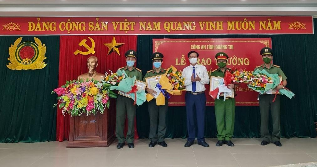 Phó Chủ tịch UBND tỉnh Hà Sỹ Đồng kiểm tra công tác GPMB và các mô hình kinh tế nông nghiệp tại huyện Cam Lộ
